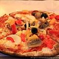 0808 還有好好吃熱騰騰的pizza