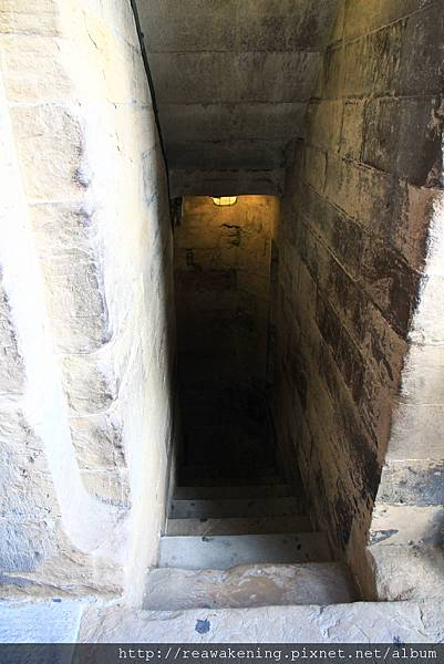 0809 回頭望一下爬上來的樓梯