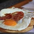 0809 我點的培根蛋土司 來這裡早餐要吃熱食真的不容易啊