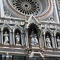 0809 聖母百花大教堂--正面裝飾