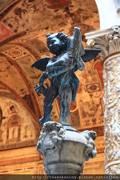 0809 舊宮 小天使雕像