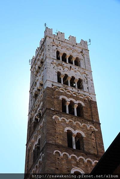 0811 St. Martino 廣場  遠方的鐘塔 2
