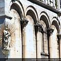 0811 聖米迦勒大教堂 側邊牆上的聖母像