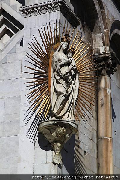 0811 聖米迦勒大教堂 聖母像的特寫