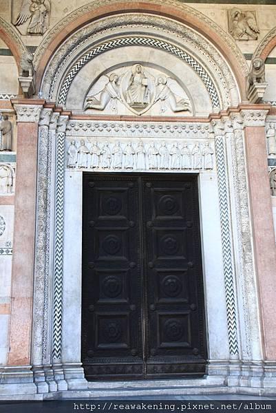 0811 聖馬丁諾教堂 St. Martino 正門口