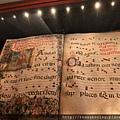 0811 隨意繞進一個博物館發現的中世紀樂譜 在禁止照像的牌子底下偷拍