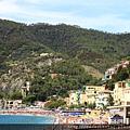 0812 Monterosso 真的很像南義的海邊