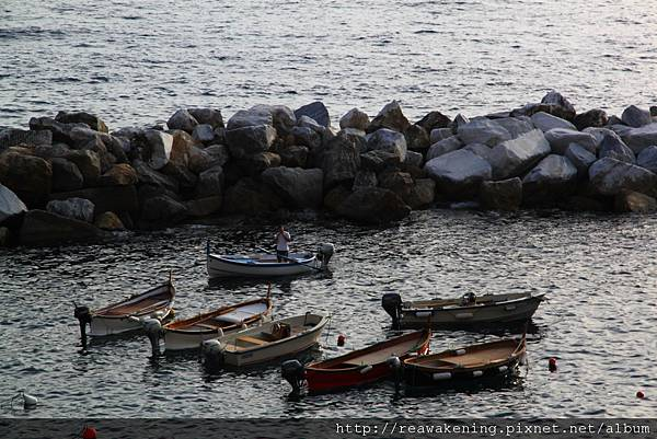 0812 小船停泊的港灣