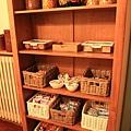 0813 all-you-can-eat buffet 我們靠這個櫥櫃連續撐了四餐