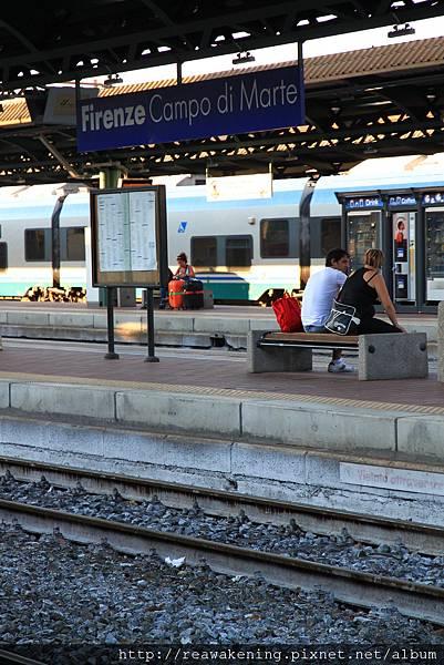 0813 命運的車站  就因為它 我們白白浪費50歐和三小時