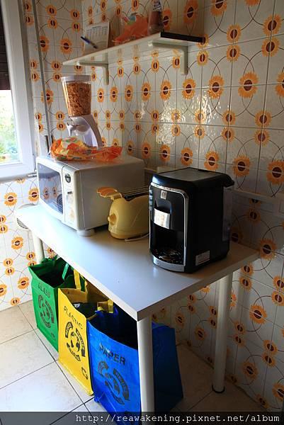 0814 咖啡機 微波爐和烤麵包機