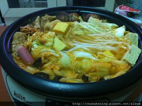 111212不正統但很好吃的韓式泡菜豬肉過.JPG