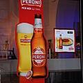 0731 我們最愛喝的Pernoi beer 大型看板