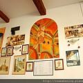 0809 餐廳牆上的裝飾