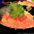 120413 鮭魚丼