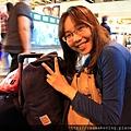 0820 抱著一堆行李準備回家囉
