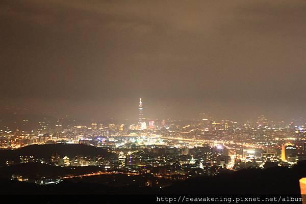 120624 晚上的碧山巖夜景