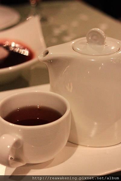 120330 我的飲料是熱茶