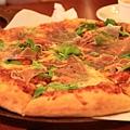 120916 帕瑪火腿芝麻葉pizza