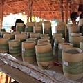 也賣手工做的木頭杯子