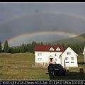 仔細看喔 有兩道彩虹!