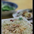 1108 苜蓿芽佐肉醬拌麵