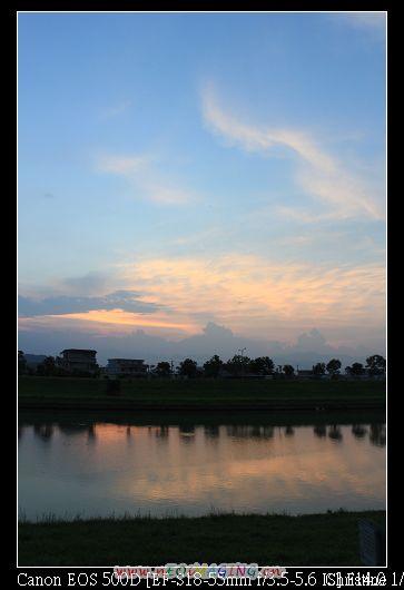 冬山河畔夕陽