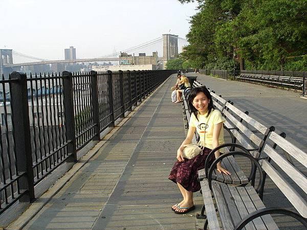 白天的Brooklyn Bridge