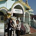 緬甸--玉佛寺合照