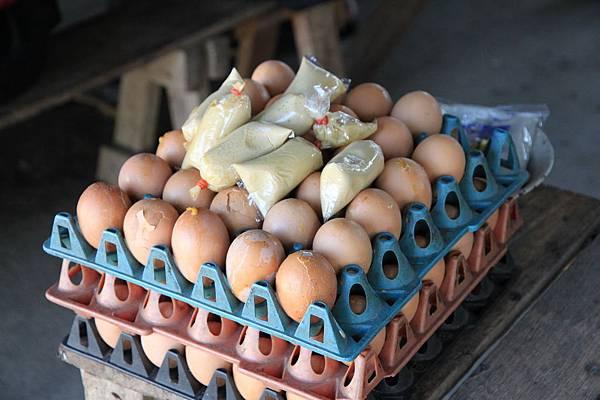 可以多花兩元買雞蛋吃