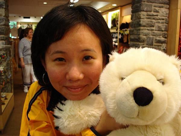 Bronx Zoo裡賣的大白熊..真後悔沒買回來