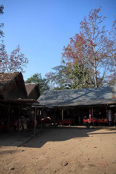 寮國--市集一景2