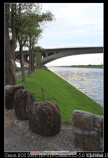 冬山河左岸自行車道入口