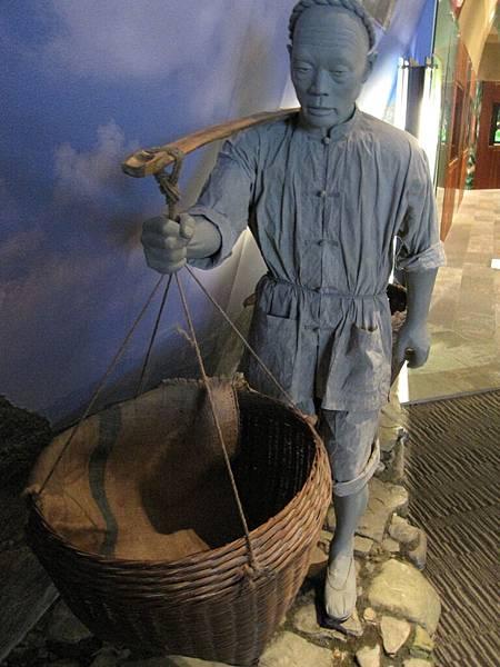 99.11.03 頭城--蘭陽博物館 (43).JPG