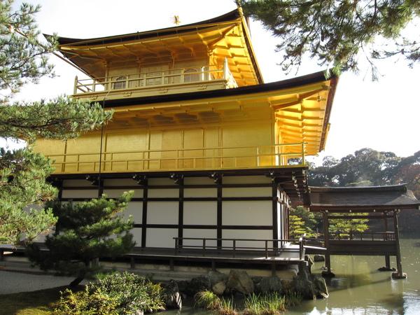 2008.11.25 京都--金閣寺 (31).JPG