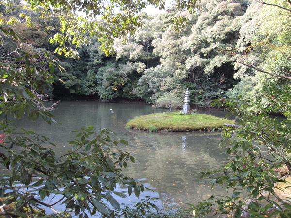 2008.11.25 京都--金閣寺 (46).JPG