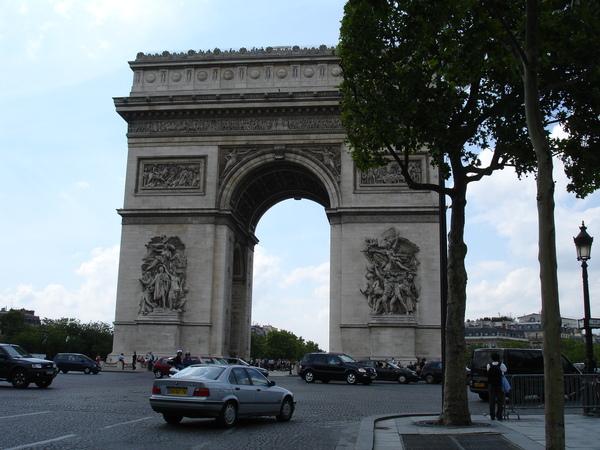 法--巴黎--凱旋門19.JPG