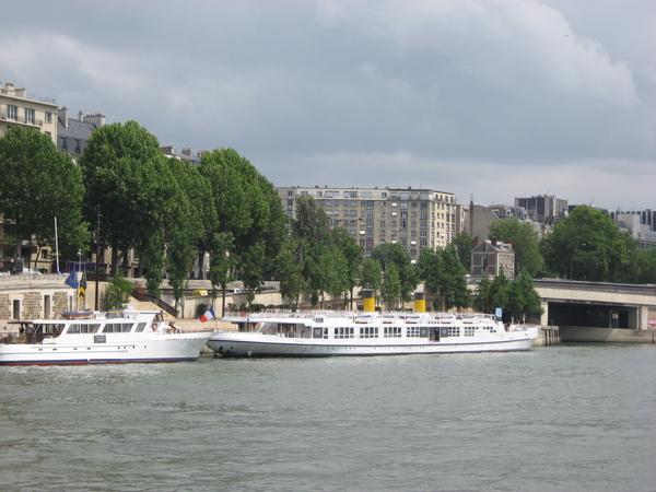 法--塞納河遊船