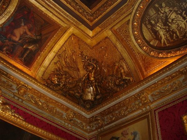 法--凡爾賽宮內
