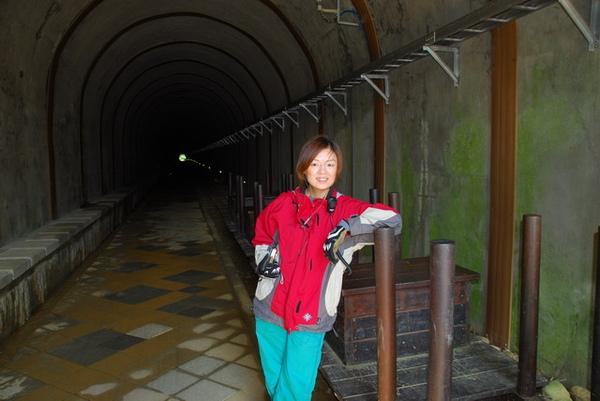 036在隧道口拍拍就好.JPG