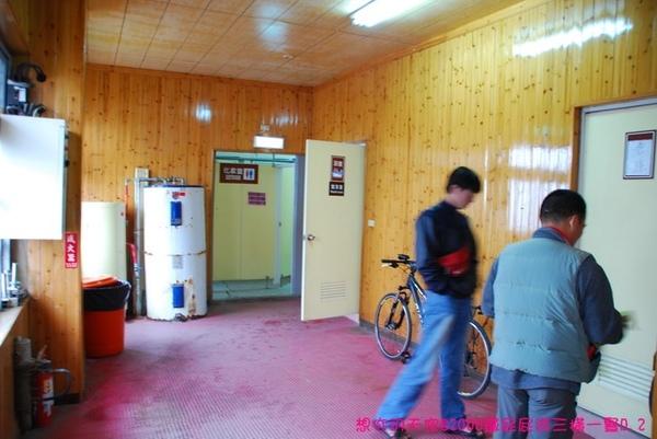 D2_020廁所和浴室都在外頭.JPG