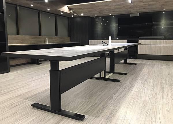 R4531 RU 辦公室開放辦公桌_6190.jpg
