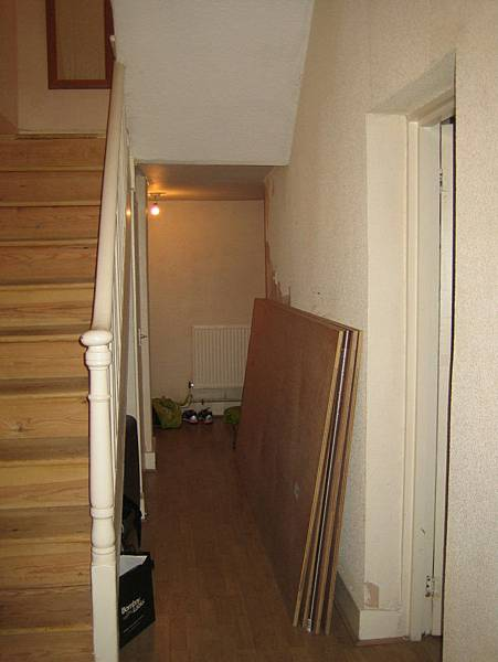 Before-Islington-maisonette-existing-stairs-London-15-733x977.jpg