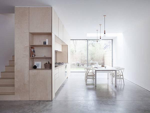 Larissa-Johnston-Architects-Islington-maisonette-birch-plywood-kitchen-and-stair-London-2-733x550.jpg
