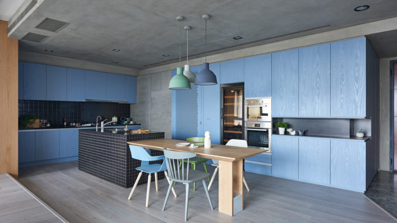 HAO-Design-Blue-and-Green-Apartment-2-810x456.jpg