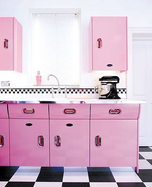 All-pink-kitchen-with-checkerboard-floors.jpeg