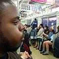 在日本的電車裡囉~
