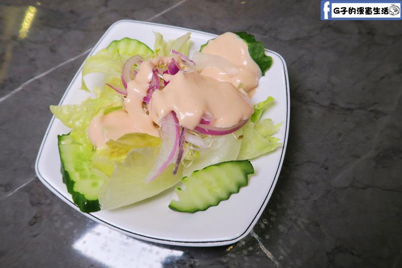 永和鮮牛排沙拉