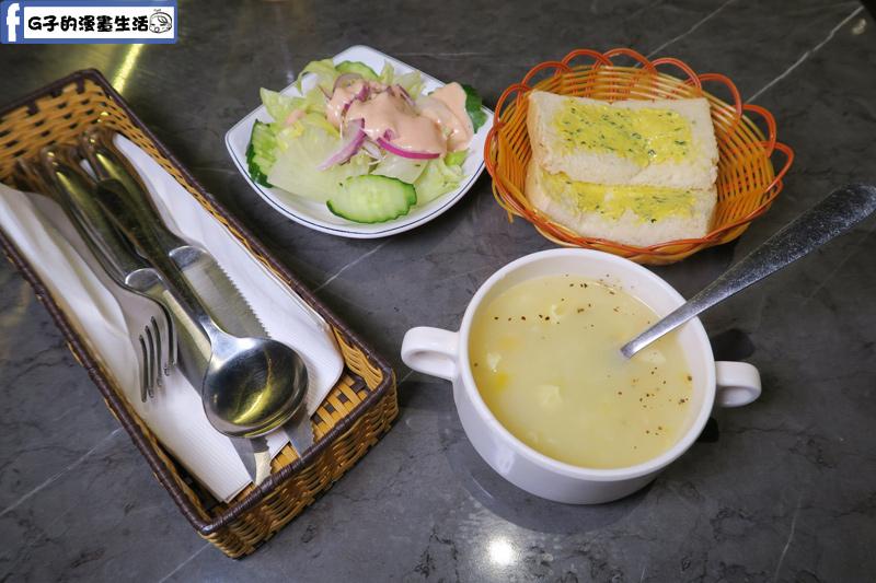 永和鮮牛排吃到飽沙拉.吐司.濃湯