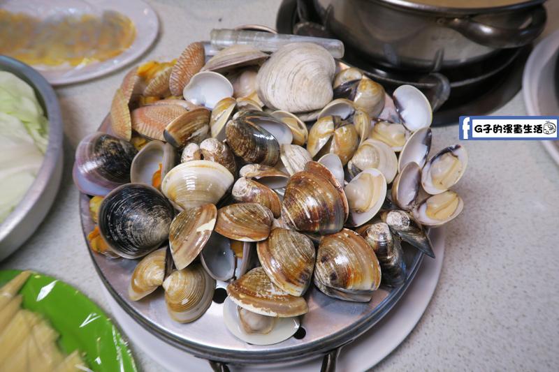 二月牌沙茶爐海鮮塔牛奶貝..蛤蜊.海瓜子.竹蛤